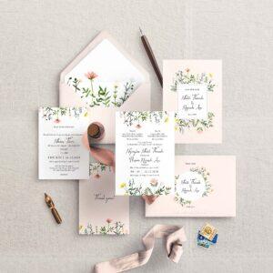 AHD2020-054 - Thiệp cưới hoa dại trên nền màu hồng phấn nhẹ nhàng - An Hieu Wedding